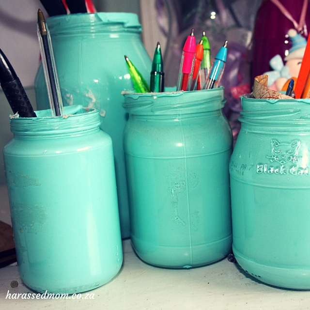 DIY How to paint glass jars (2)
